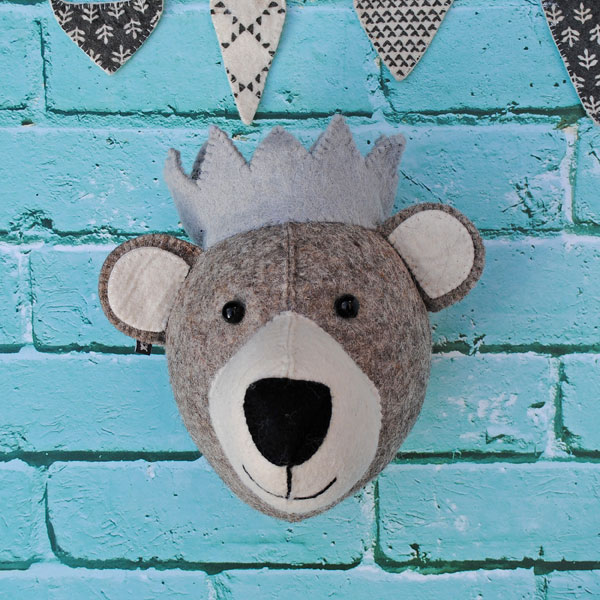 Bear Head with grey crown