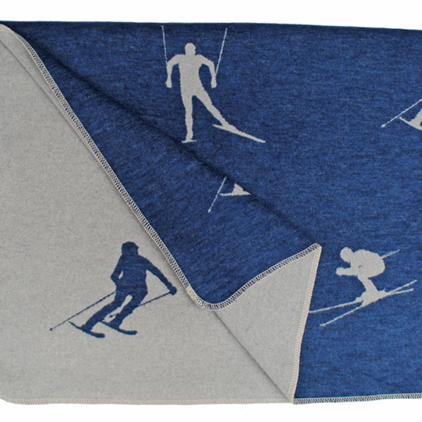 skiers throw