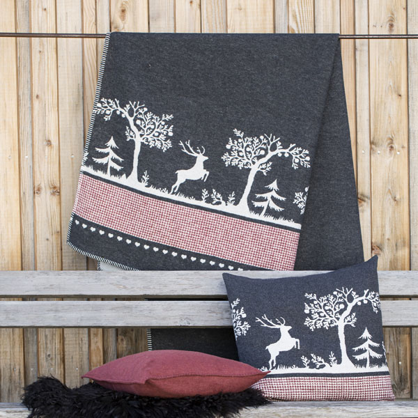 Woodland Throw