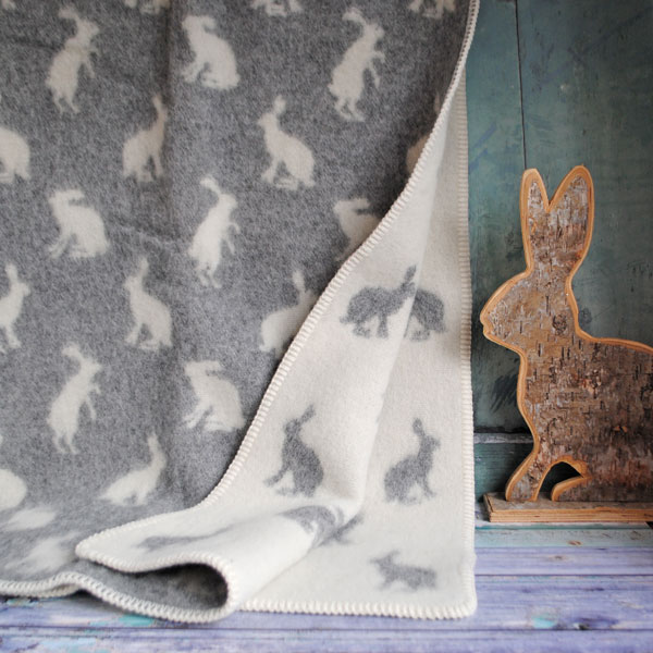 Little Hares Throw